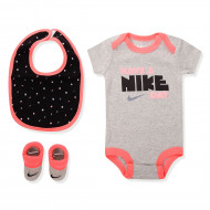 Nike Baby 3 Piece Set Have Nike Day Racer Pink